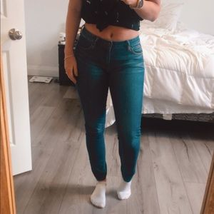 Flattering Articles of Society Jeans size 25